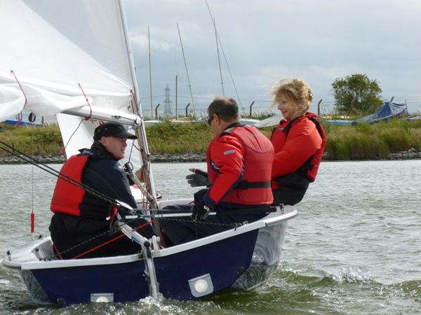 Adults learning to sail